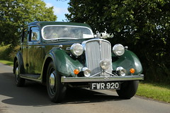 Rover 16 Saloon - 1946 (imagetaker!) Tags: rover16salooncar1946 rover16 carimages oldcars ukcars transportimages rides englishclassictransport englishclassiccarshows classicautos britishtransportimages peterbarker petebarker imagetaker1 motorcarimages motorimages carsof1946 rover1946 carphotos classiccars carpictures wheels picturesofcars classicmotorcars imagesofcars imagesofmotorcars photosofmotorcars motorcarphotos oldmotorcars picturesofmotorcars pictureofcars motorcarpictures autos 老爺車 經典機動車 imagetaker englishtransportshows peteb classicautomobiles carphotography classicvehicles classicmotors photographsofcars photosofcars