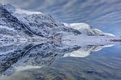 Reflektor (pauldunn52) Tags: llyn idwal snowdonia north wales y garn snow reflection