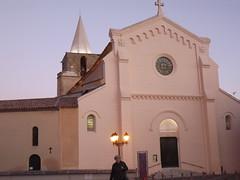 Aubagne: église Saint-Sauveur (Vincentello) Tags: aubagne church église saintsauveur