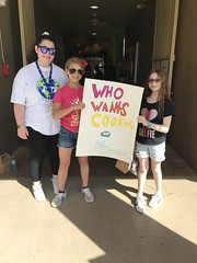 "Lori Sklar Mitzvah Day 2019 • <a style=""font-size:0.8em;"" href=""http://www.flickr.com/photos/76341308@N05/33353188298/"" target=""_blank"">View on Flickr</a>"