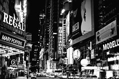 NY NY (ROSS HONG KONG) Tags: night evening winter cold newyork nyc manhattan black white bw noir blanc monochrom monochrome leica noctilux blackandwhite streetphoto lights broadway