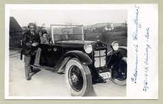 """Steyr XII (Vintage Cars & People) Tags: vintage classic black white """"blackwhite"""" sw photo foto photography automobile car cars motor steyr steyrxii 1920s twenties dress cloche clochehat glockenhut goggles flapper fashion leatherjacket leathercoat spats spatterdashes spatterguards shirtandtie putzimann dog whitewalltyres whitesidewalltires whitewalls countryside countryroad dirtroad"""