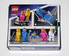 lego 70841 1 benny's space squad the lego movie 2 the second part 2019 misb b (tjparkside) Tags: lego movie 2 tlm2 70841 708411 benny bennys space squad classic retro minifigure minifigures mini fig figs figure figures spacemen spacewomen spaceship spaceships robot robots wrench walkie talkie metal detector ray gun kenny lenny jenny yellow blue pink white vehicle vehicles 2019 second part logo 1 misb