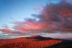 New Light (Vladimir Grablev) Tags: flinthill virginia unitedstates us appalachian shenandoah landscape nature scenic mountains sunrise blueridge nationalpark view