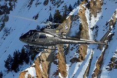 05.01.2019 (Romain BAHEU) Tags: courchevel savoie france altiportcourchevel snow spotting rotor montagne mountain helicopter helicoptere helicopterlife verticalmag vip alpes alps squirel ecureuil as350 h125 azurhelicoptere azurhelicopteres landing eurocopter airbushelicopters aerospatiale