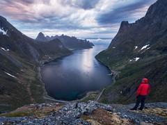 Lost in Senja (lionel.fellay) Tags: senja sunset fjords norway fujifilm xt2 selfie mountains fjord sky cloudy landscape