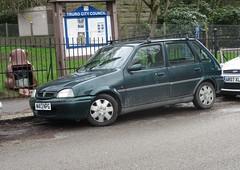 1995 Rover 111 SLi (occama) Tags: m413npg 1995 rover 111 sli old car green british cornwall uk metro