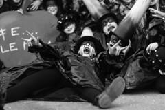 Viareggio il Carnevale (Mario Bertocchi) Tags: carnevale viareggio 2019 carnival fridakahlo bn bw maschere spettacolo seduti mariobertocchi canon reflex carri corsi corso carro figuranti