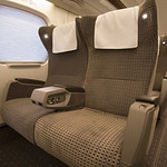 N700系新幹線 グリーン車用シートの写真