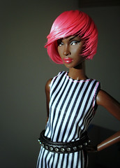 Pink and stripes (Deejay Bafaroy) Tags: fashion royalty fr integrity toys doll puppe adele makeda timeless black schwarz white weiss pink rosa portrait porträt wig perücke cultedeparis stripes streifen striped gestreift barbie dress kleid