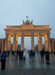 Brandenburger Tor (cn174) Tags: berlin berlin2019 germany deutschland ber winter grey dismal bradenburg brandenburggate brandenburgertor gate tor