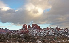 IMG_2812 (Karen Wilson Hagy) Tags: sedona redrocks oakcreekcanyon snow desert muledeer antlers clouds arizona