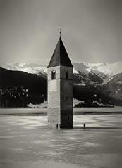 Graun (ionatura) Tags: graun reschen see reschensee 13x18 fomapan 100 rodinal southern tyrol vinschgau