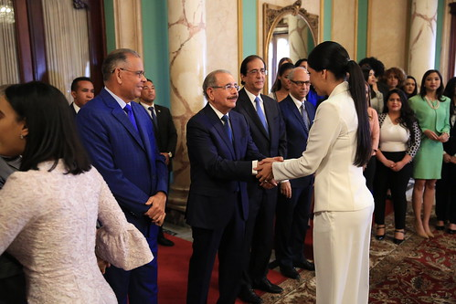 Presidente Danilo Medina recibe a jóvenes participantes de Telemicro México 2019, en el Palacio Nacional