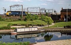 47192, Wolverhampton, July 1983 (David Rostance) Tags: 47192 class47 canal bcn narrowboat wolverhampton broadstreetbasin stourvalley d1842