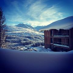 Königsleiten (fr4dd) Tags: alpine snow winter view mountains zillertal zillertalarena königsleiten sun sky ice frost building alpen austria österreich plattenkogel