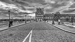 France - Paris - Pont (jeanlouispoirierphotographie) Tags: france paris architecture patrimoine pont louvre