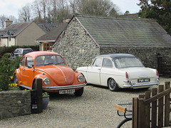 Volkswagen 1500 and Beetle. (Andrew 2.8i) Tags: spot classics classic road kingdom united streetspotting cars car street spotting carspotting uk german saloon sedan notchback type3 1500 vw volkswagen type1 1600 sport bug beetle