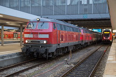 DB 218 416 + 218 498 Munich Hbf (daveymills37886) Tags: db 218 416 498 munich hbf baureihe v160