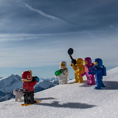 can you make a picture? (genelabo) Tags: sonnwendjoch mangfallgebirge hinteres tirol bayerischen voralpen brandenberger alpen alps mountain berge sky blue himmel sun sonne square quadratisch lego movie minifigure minifig miniature toy kenny lenny jenny benny skitour snow schnee winter