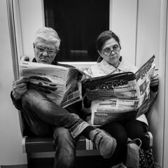 Subway Couple (Robert Barone) Tags: rome italiani metro monochrome commute roma italy italia blackandwhite subway bianconero italians