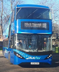 Bluestar 1244 is turning onto Vincent's Walk from Pound Tree Road while on route 18 to City and Thornhill. - HF68 DXM - 9th January 2019 (Aaron Rhys Knight) Tags: bluestar 1244 hf68dxm 2019 vincentswalk poundtreeroad southampton hampshire gosouthcoast goahead alexanderdennis enviro400city