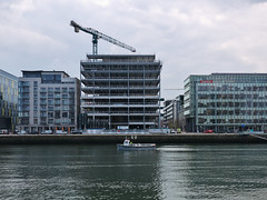 76 Sir John Rogerson's Quay (turgidson) Tags: panasonic lumix dmc g7 panasoniclumixdmcg7 panasonicg7 micro four thirds microfourthirds m43 g lumixg mirrorless 20mm f17 asph panasonic20mmf17asph 20mmf17 20mmf17asph prime lens primelens pancake hh020 silkypix developer studio pro 9 silkypixdeveloperstudiopro9 raw 76 sir john rogersons quay 76sirjohnrogersonsquay dublin ireland rkd architects rkdarchitects construction docklands p1290580 liffey ferry liffeyferry boat river