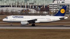 Airbus A320-214 D-AIZF Lufthansa (William Musculus) Tags: plane spotting airport airplane william musculus aviation daizf lufthansa airbus a320214 muc munchen munich eddm a320200 lh dlh