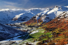 Into Langdale (PJ Swan) Tags: langdale lake district cumbria winter cold mountains hills fells wainwrights valley clouds
