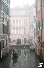 Misty (A.G. Photographe) Tags: anto antoxiii xiii ag agphotographe venise venice venezia italie italy italia gondole brume mist d850 nikon nikkor 2470vr