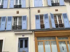 immeuble-volet-bleu---copie© (alexandrarougeron) Tags: photo alexandra rougeron paris urbain ville flickr