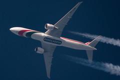 Boeing B777-300 - Biman Bangladesh (zpaksi) Tags: contrailspotting biman bangladesh contrail boeing
