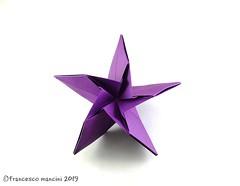 Squeezer star (mancinerie) Tags: origami modularorigami paperfolding papiroflexia papierfalten francescomancini mancinerie star origamistar