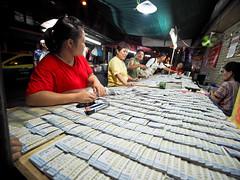 Bangkok Chinatown-3231418 (Neil.Simmons) Tags: bangkok thailand southeastasia chinatown yaowarat laowa 75mm f2 ultra wide
