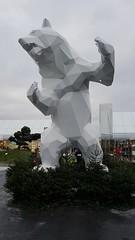 Richard Orlinski - Standing Wild Bear (larsen & co) Tags: thevillage thevillageoutlet villefontaine standingwildbear richardorlinski artcontemporain sculpture centrecommercial