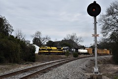 Virginian in Cayce (ryanstuart1) Tags: norfolk southern ns freight train trains heritage unit emd sd70ace rline signal sc south carolina cayce railroad