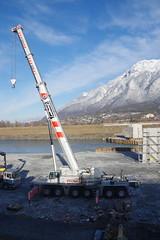 IMGP3476 Autokran im Rheinbett (Alvier) Tags: schweiz ostschweiz alpenrheintal rheintal rhein rheindamm baustelle autokran bunker railjet berge alpstein dreischwestern alvier