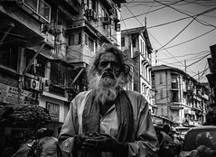 Mumbai (XIX) (manuela.martin) Tags: bw blackandwhite schwarzundweis streetphotography india mumbai people peoplephotography foreignpeople leicammonochrom leicamonochrom leicam leica hipshots