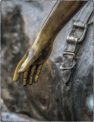 Brass Hand (NoJuan) Tags: olympuspenf olympus75mmf18 microfourthirds micro43 mirrorless countryvillagebothellwa countryvillage kingcountywa bothellwa washingtonstate pacificnorthwest metal sculpture publicart brass metalart
