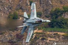 """McDonnell Douglas F/A-18 Hornet - Schweizer Luftwaffe """"Swiss Air Force"""" (Aimeric3) Tags: avion plane spotter sion suisse montagne fighter aerobatics chasseur de chase meeting aéerien airshow"""