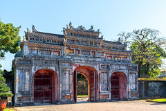 Imperial Palace in Hue, Vietnam (George Pachantouris) Tags: vietnam hue history unesco world heritage imperial old tomb ancient market people