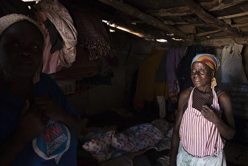 Zimbabwean women at home