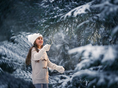 falling Snow (agirygula) Tags: snow winter january falling blue wintertime wonder jacket girl child happy family happyness joy
