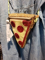 Pizza Purse (Joe Shlabotnik) Tags: 2018 deerpark crewcuts pizza tanger galaxys9 jcrew cameraphone august2018 faved