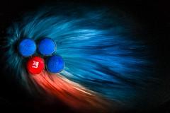 Fusion (SonjaS.) Tags: oddoneout smileonsaturday canon canoneos6dmarkii rot blau mm