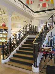 Magasin Le Bon Marché (1923) - 24 rue de Sèvres, Paris VIIe (Yvette G.) Tags: escalier lebonmarché grandmagasin architecture paris paris7 artdéco