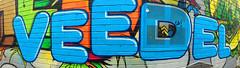 """""""En unserem..."""" (TablinumCarlson) Tags: deutschland germany nrw rheinland köln kölle colonia cologne leica dlux 6 north rhinewestphalia nordrheinwestfalen europa europe südstadt farben colours colourful bunt belgischesviertel viertel veedel mural streetart grafitti blau blue dlux6 panorama enunseremveedel bläckfööss belgianquarter panoramafunction panoramafunktion wall wand street"""