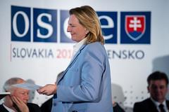 Karin Kneissl bei OSZE-Konferenz zur Bekämpfung von Antisemitismus in Bratislava