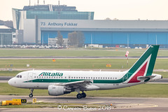 """Alitalia EI-IMX A319-100 (IMG_1294) (Cameron Burns) Tags: alitalia az eiimx airbus airbus319 airbus319100 a319 a319100 lin milan linate italy green white red amsterdam schiphol airport amsterdamschipholairport """"amsterdam schiphol"""" ams eham airfield aviation aerospace airliner aeroplane aircraft airplane plane canoneos80d canoneos eos80d canon80d canon eos 80d netherlands holland dutch haarlemmermeer """"luchthaven luchthaven europe action"""