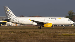 Airbus A320-232 EC-LQN Vueling (William Musculus) Tags: airport aviation plane airplane vlg vy eclqn vueling airbus a320232 a320200 basel mulhouse freiburg euroairport eap bsl mlh lfsb flughafen